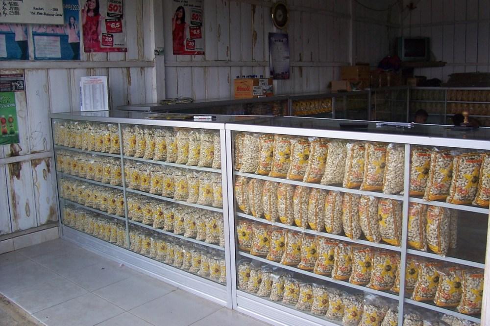 cashew-nuts-kendari