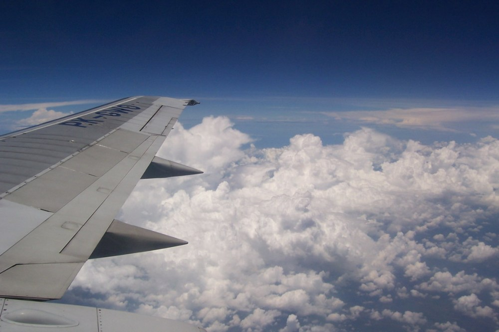 flight-to-makasar