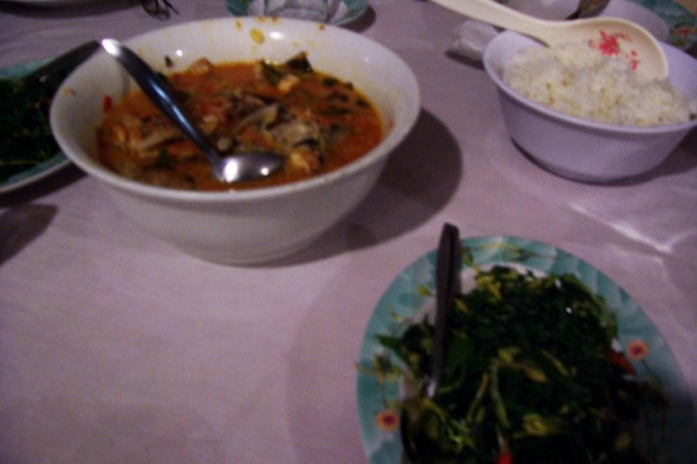 garopa-woku-and-tumis-paku