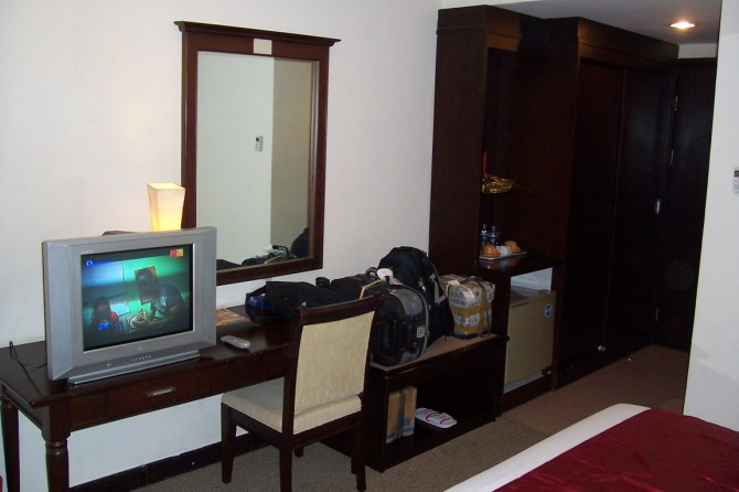 the-room-2